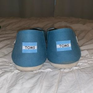 Toms Shoes - Turquoise Slip-On Toms